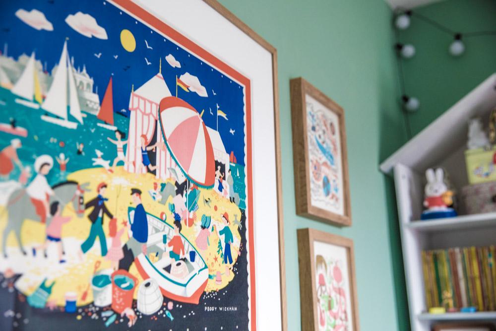 HAZELS GIRLS BEDROOM2.jpgColourful artwork