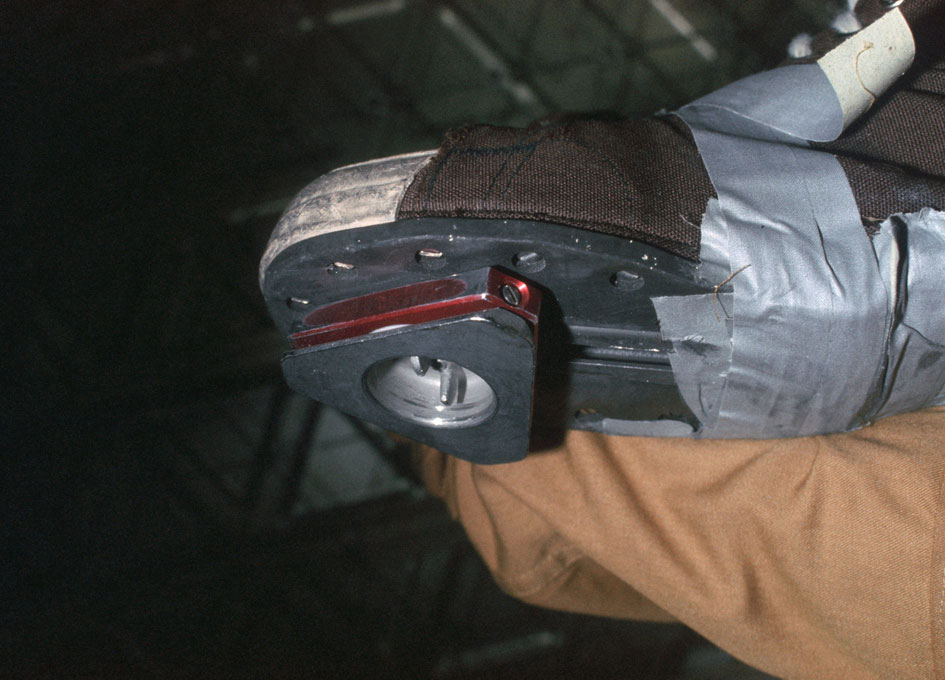 http://spaceref.com/nasa-hack-space/skylab-shoe-fashion---with-duct-tape.html