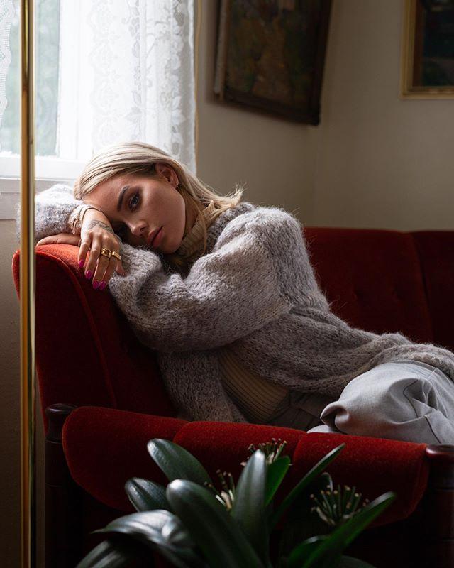 ble med @sophieelise hjem til Harstad og tok bilder for @skappel_ ❣️ gratulerer med så fin kolleksjon!
