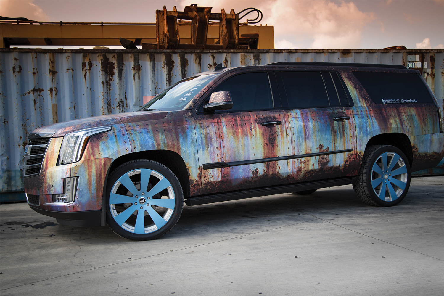 metrowrapz_product_gallery_rust_escalade_one.jpg