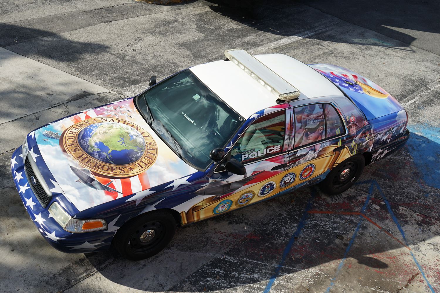 metrowrapz_product_gallery_police_vehicle.jpg