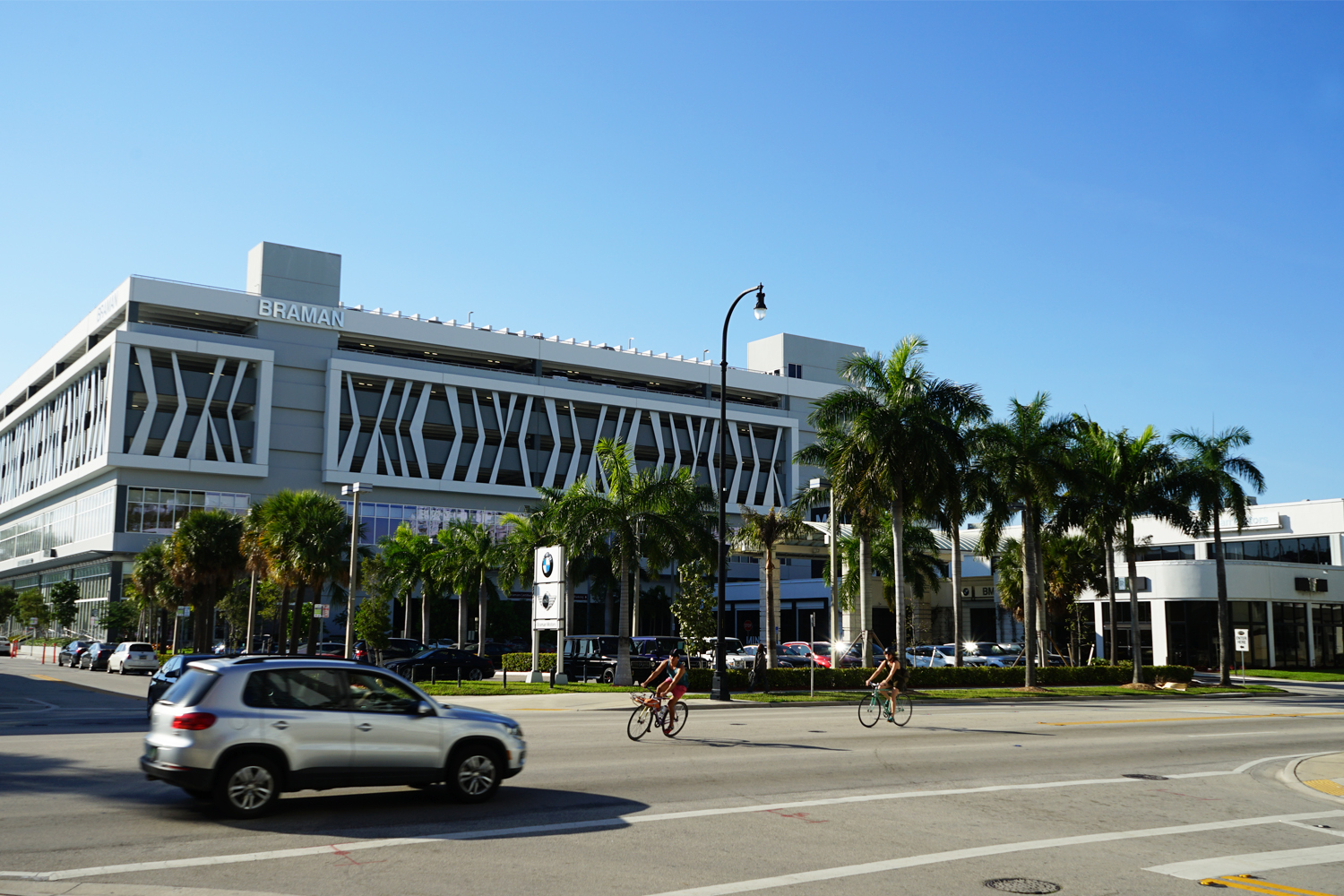 Metro Signs produced and installed large metal fabricated letters for Braman Motors Miami.