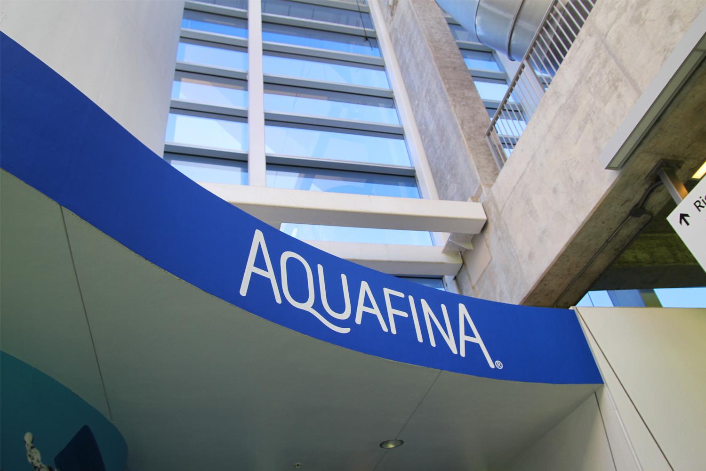 portfolio_graphics_aquafina.jpg