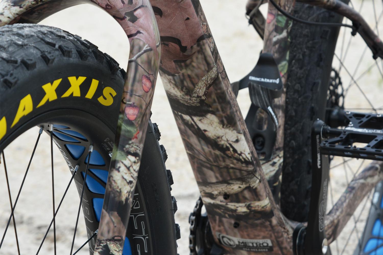portfolio_wrapz_camo_bike_closeup.jpg