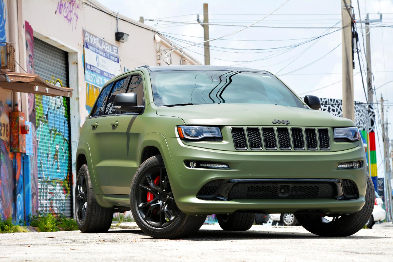 portfolio_wrapz_green_jeep.jpg