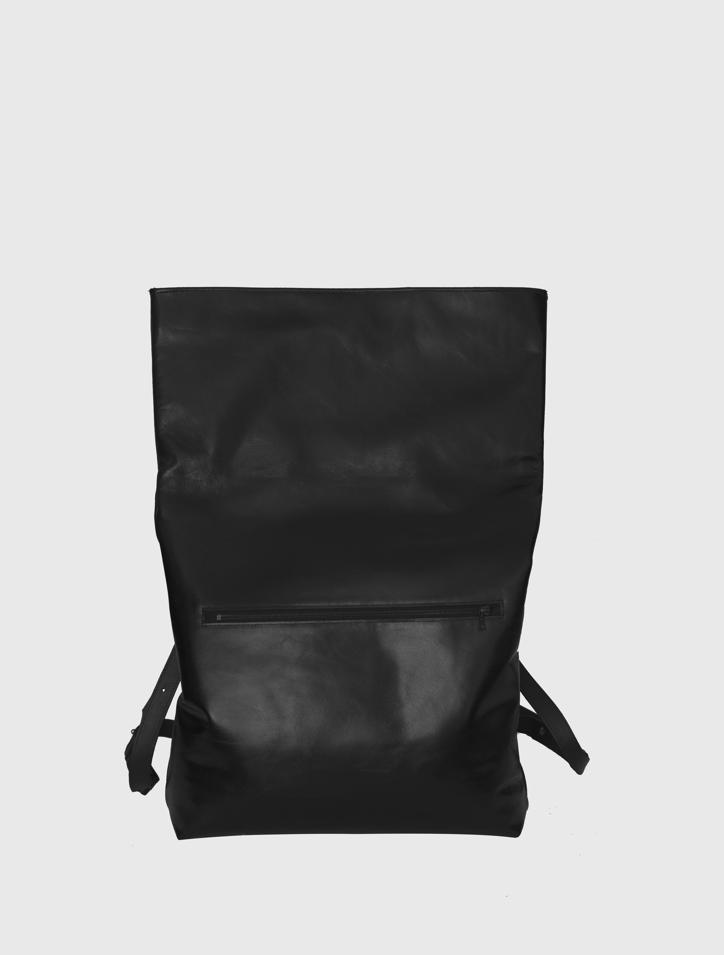 2015-16 BACKPACK -BLACK DETAIL.jpg
