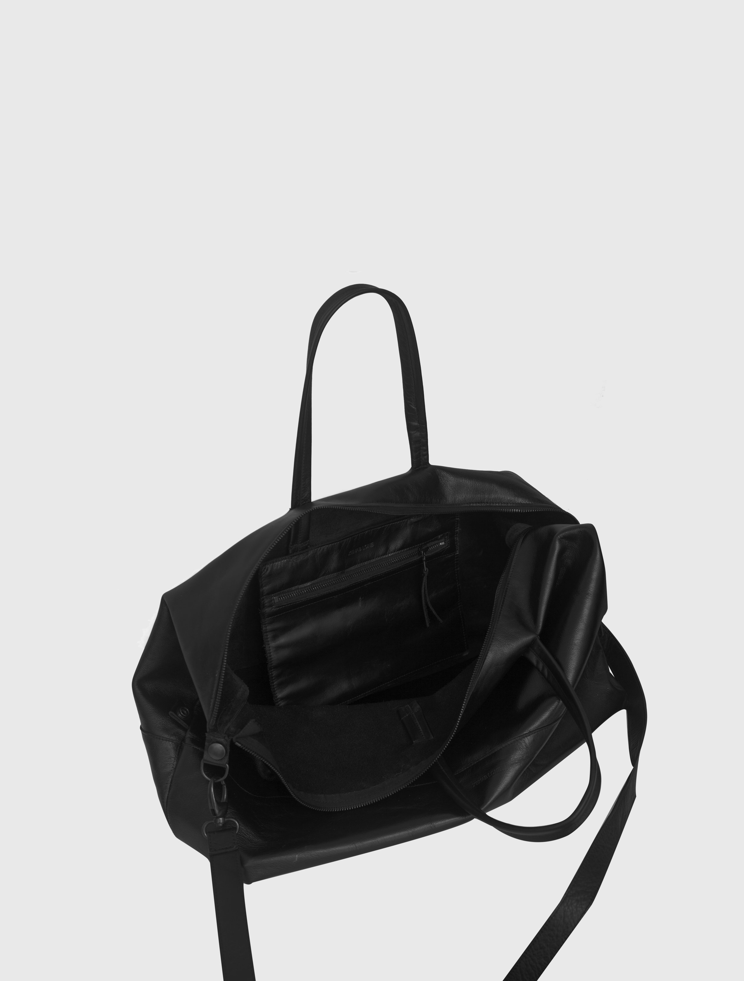 2015-16 HOLDALL - BLACK OPEN.jpg