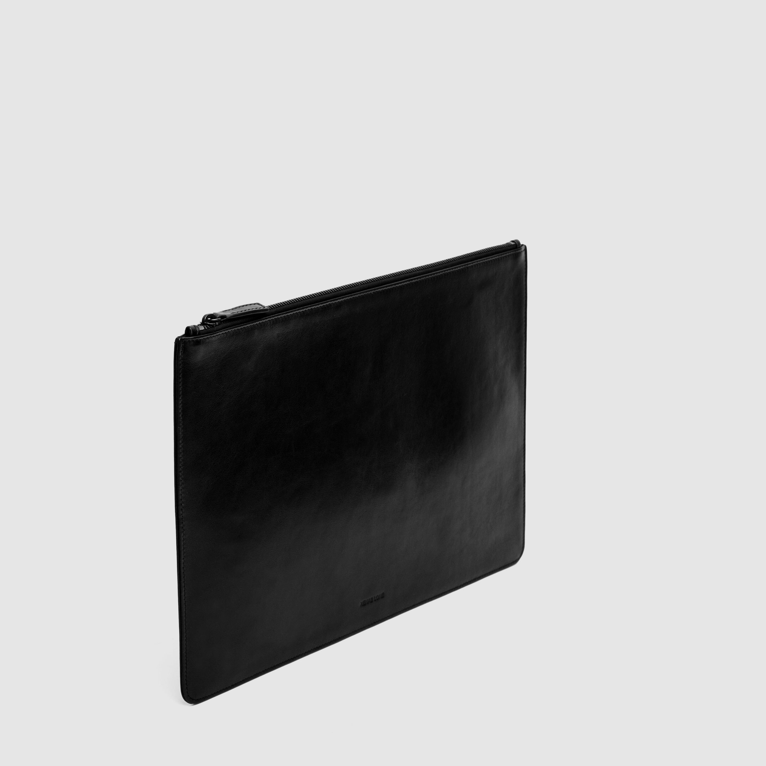 Wallets&Pouches_0002s_0001s_0003_Layer 20.jpg