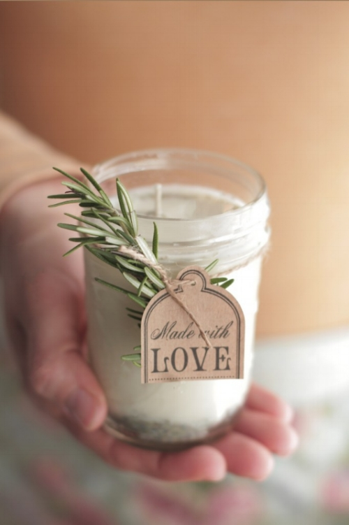 DIY gifts for mom- Lavender Rosemary Candle