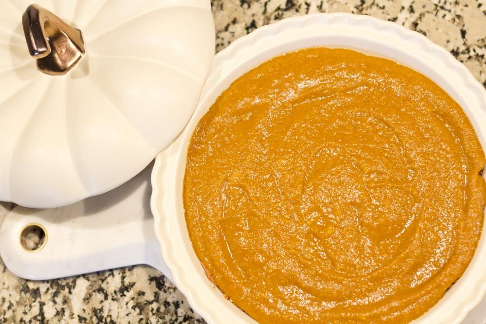 Healthy Holiday Dessert: Paleo Pumpkin Pie With A Decadent Chocolate Ganache Topping
