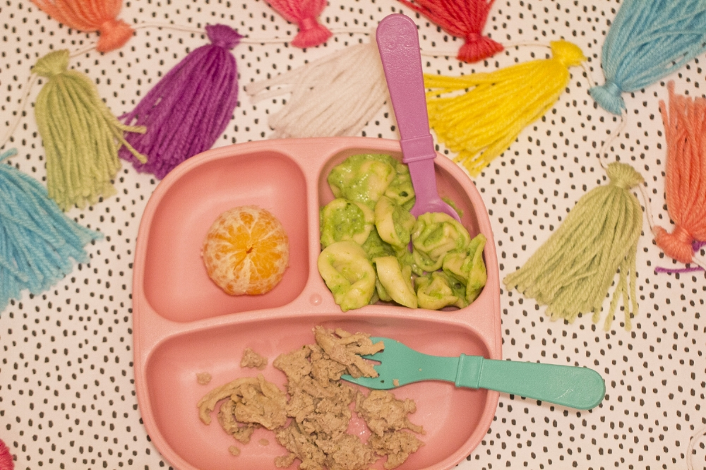 Healthy Kids Meal Ideas- Ground Turkey, Spinach and Parmesan Tortellini, Orange Slices