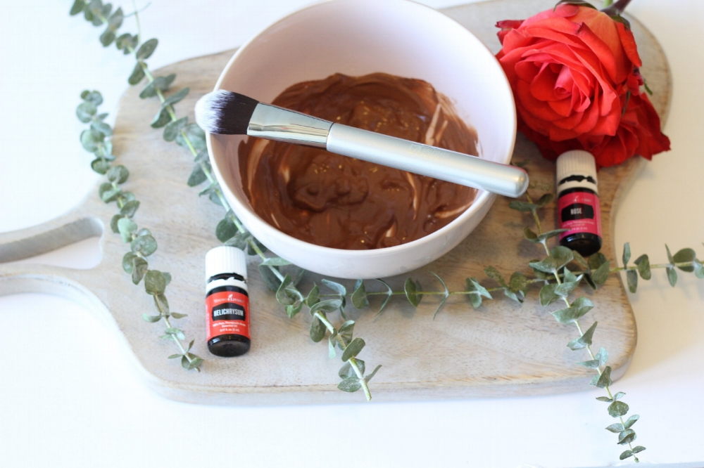 Homemade Rose & Honey Clay Mask Using Essential Oils