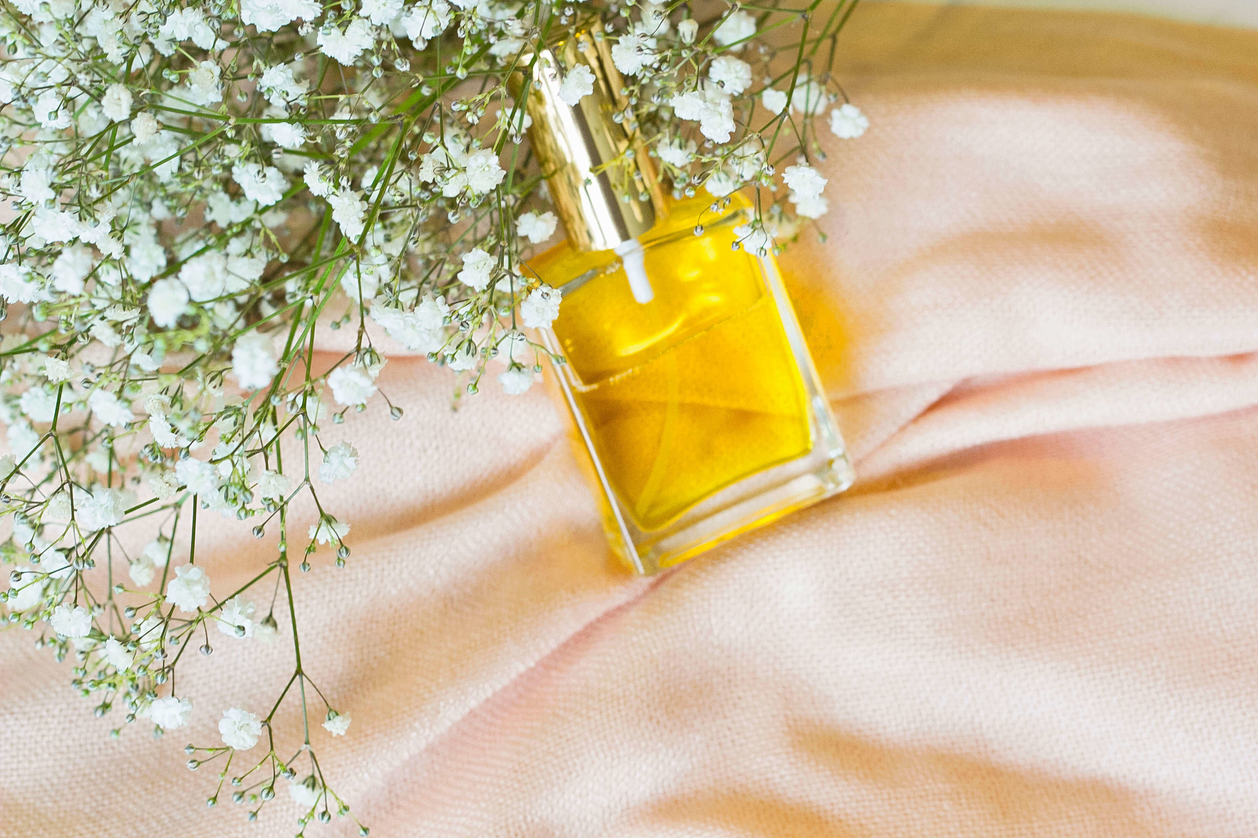 8 Easy And Amazing Long Lasting Perfume Recipes Using