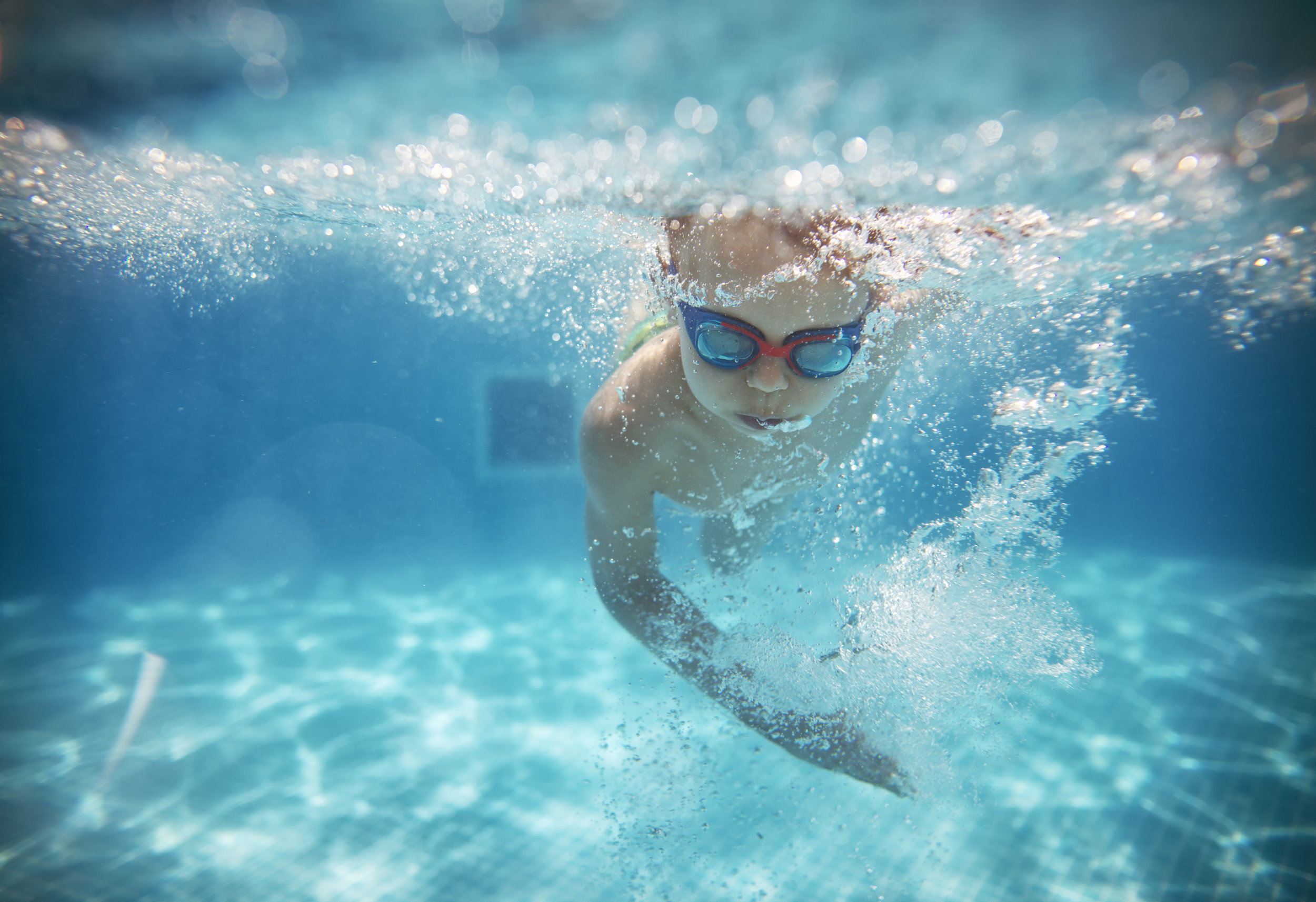 Teenager-swimming-Goggle-and-Giggle.jpg