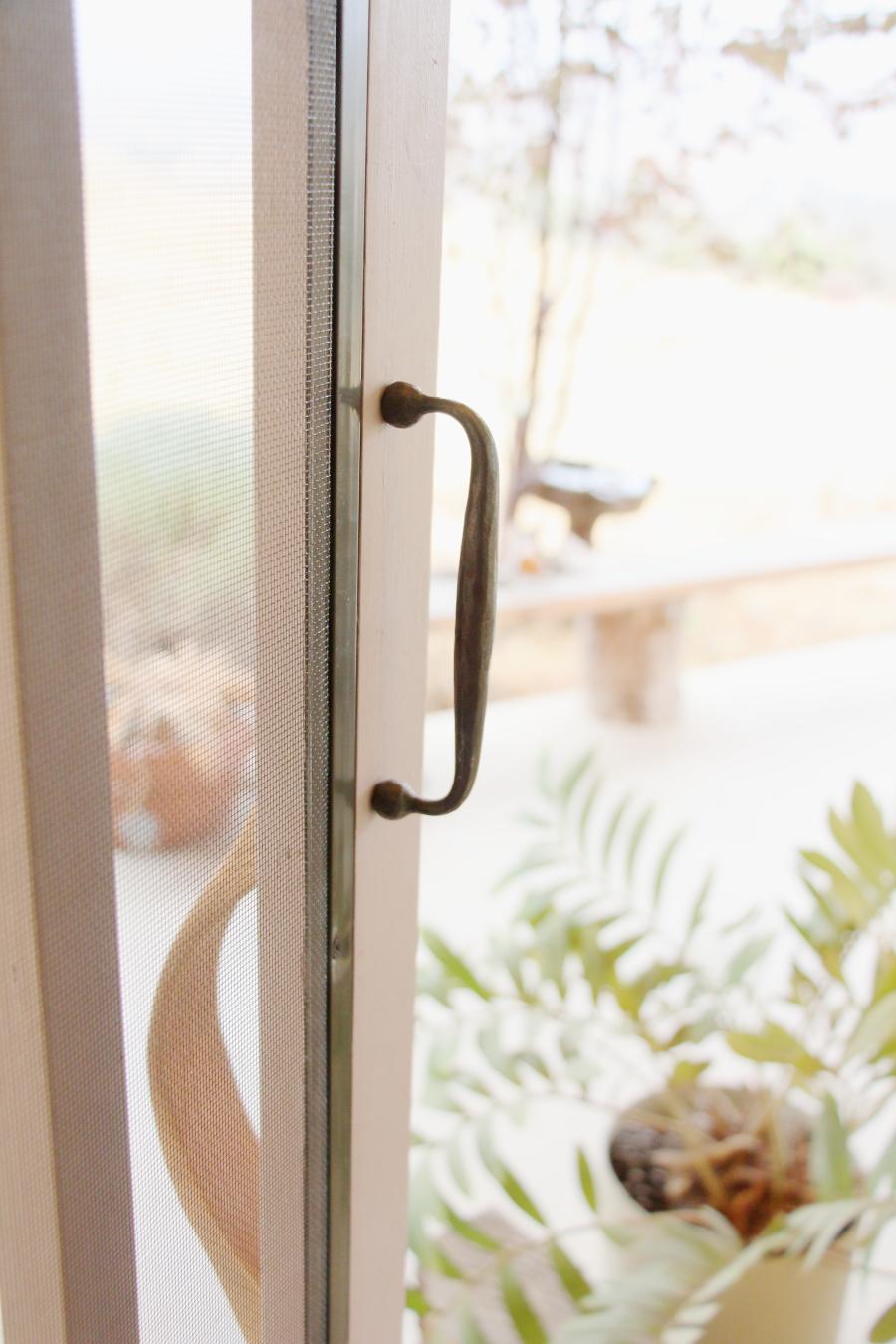 door_handle_2.JPG