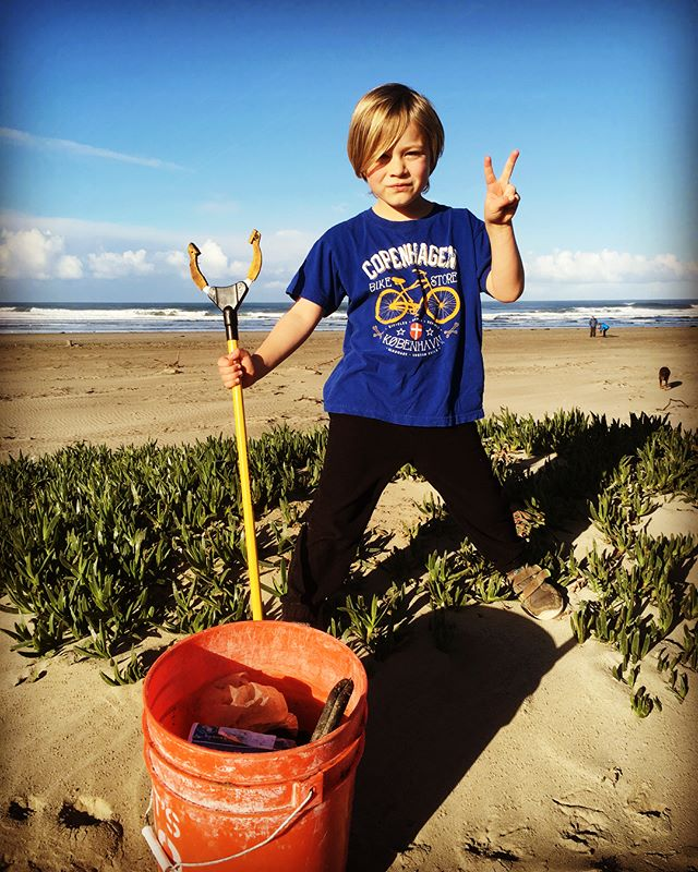 This is our new morning ritual. Before school surf check and beach clean up with my little eco warrior. Thanks Nol! You stud. Great way to clear the mind and prepare for the day. . . . #beachcleanup #loveyourmama #respectouroceans #raisingawarrior #love #keepourbeachesclean #morrobay #thepit #motherearth #earthdayeveryday