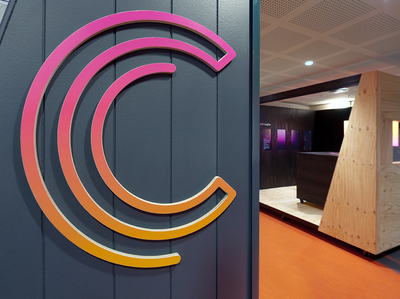 Telstra Customer Central Logo