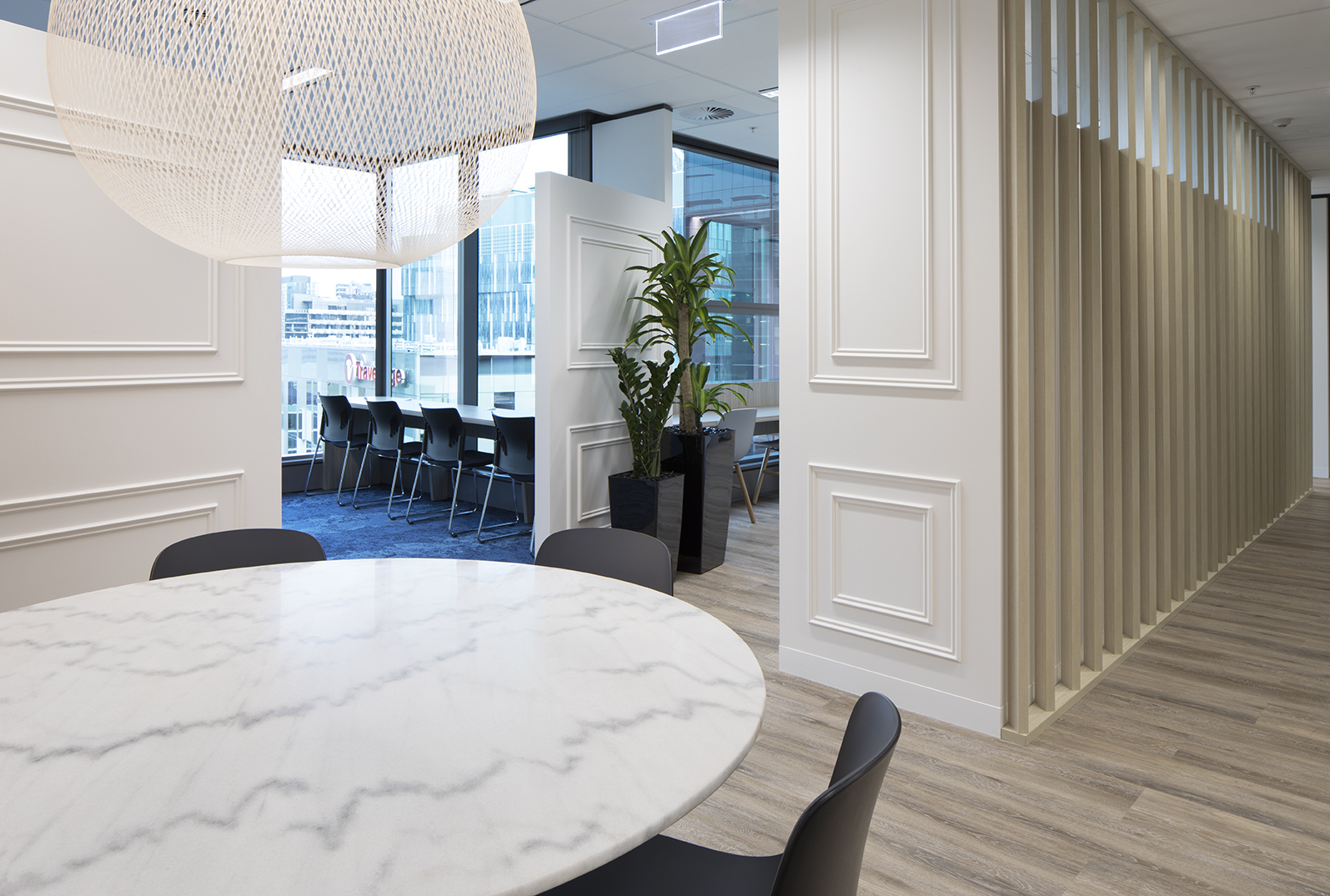 We've designed the space to feature mutliple working areas suitable for a wide range of working styles.