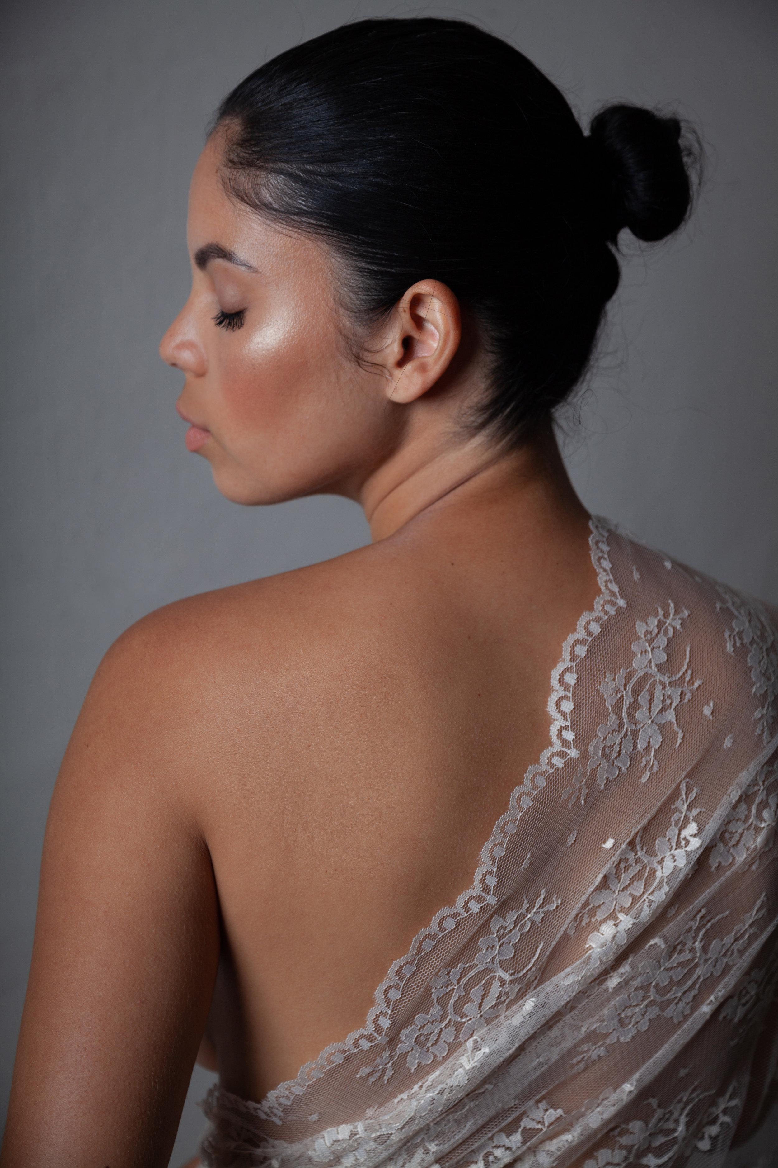 Beauty & Boudoir - $150 session feePre-consultationAccess to wardrobe and accessories60 min. in-studio session$95 per digital file