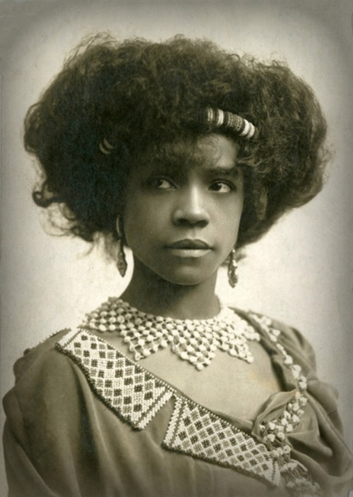Aida Overton Walker, ca. 1910. Aida was a vaudeville performer, actress, singer, dancer, and choreographer.