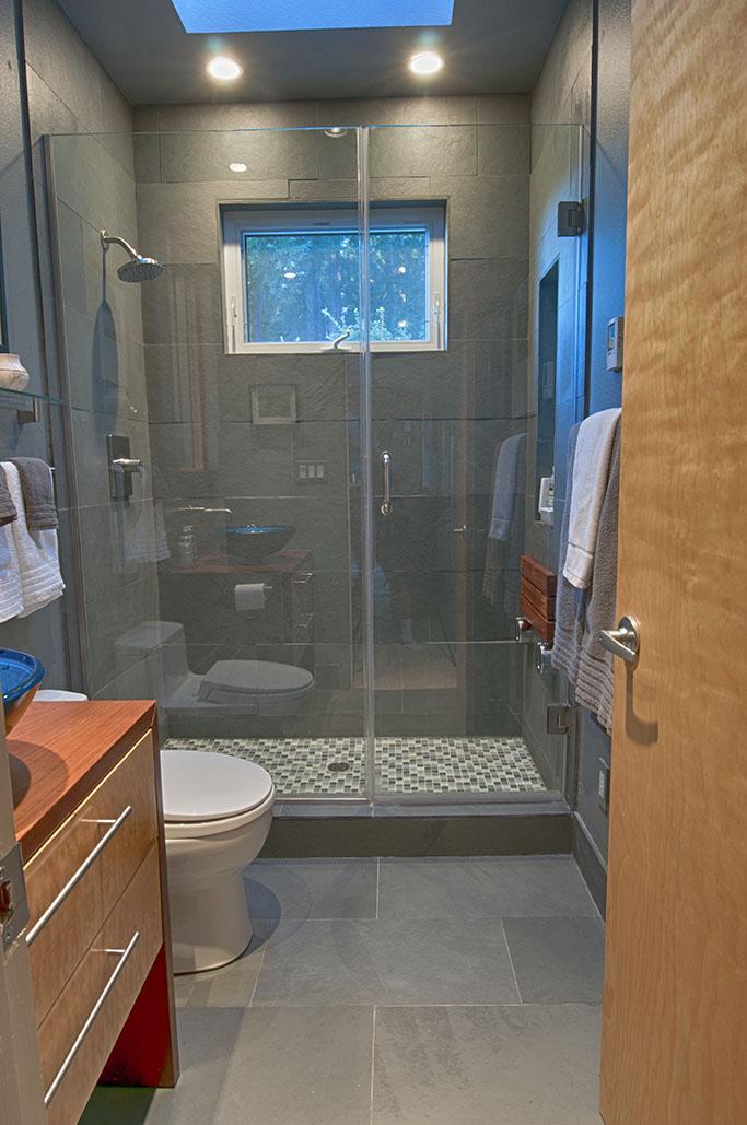 guest bath 1903 sm.jpg