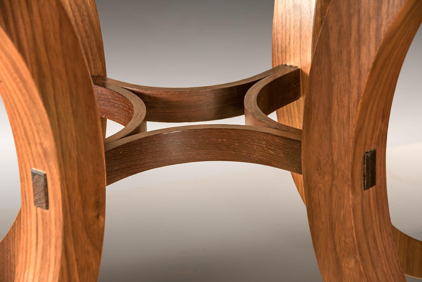 khls-table-stretcher-detail-6146-sm.jpg