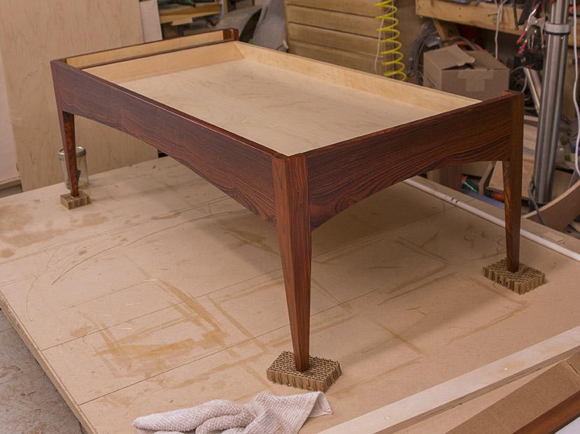 dl table 6600 sm.jpg