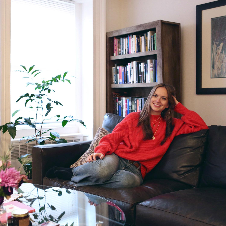 6D9A3971-Meet-A-New-Girl-Interview-Jennifer-by-Melina-Peterson-5thfloorwalkup.com.jpg