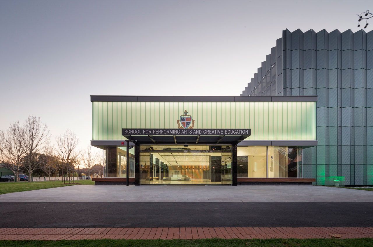 Geelong Grammar – School for Performing Arts and Creative Education  Photo – Peter Elliott Architects
