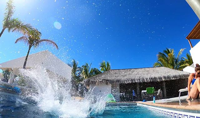 It's Friday. #pool time in #Baja! 😎🏝🇲🇽 | #CasaTorote #vrbopremierpartner #airbnbsuperhost #laventana #laventanabcs #Baja #Mexico #bajalife #kiteboarding #kiteboarder #kitesista #kitesurfer #kitefoiling #mtb #fishing #fishingbaja  #travel #vacationrentals #vacations #vacationhomes #kiteboardingdestination #getaway #vrbo #airbnb #bestofairbnb