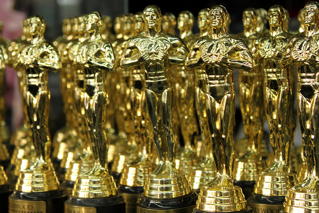 A gaggle of Oscars! By Prayitno [CC BY 2.0 (http://creativecommons.org/licenses/by/2.0)], via Wikimedia Commons