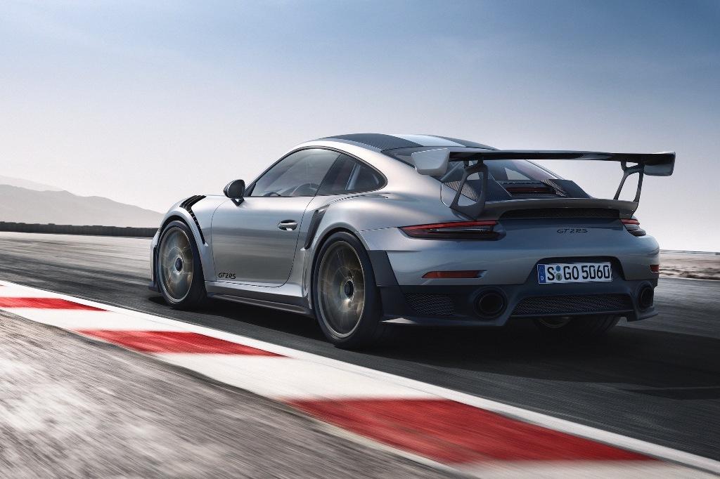 Blacklist - Porsche GT2 RS (3).jpg