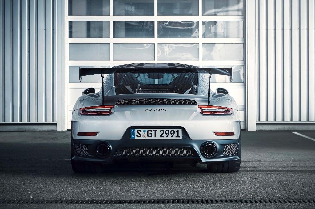 Blacklist - Porsche GT2 RS (6).jpg