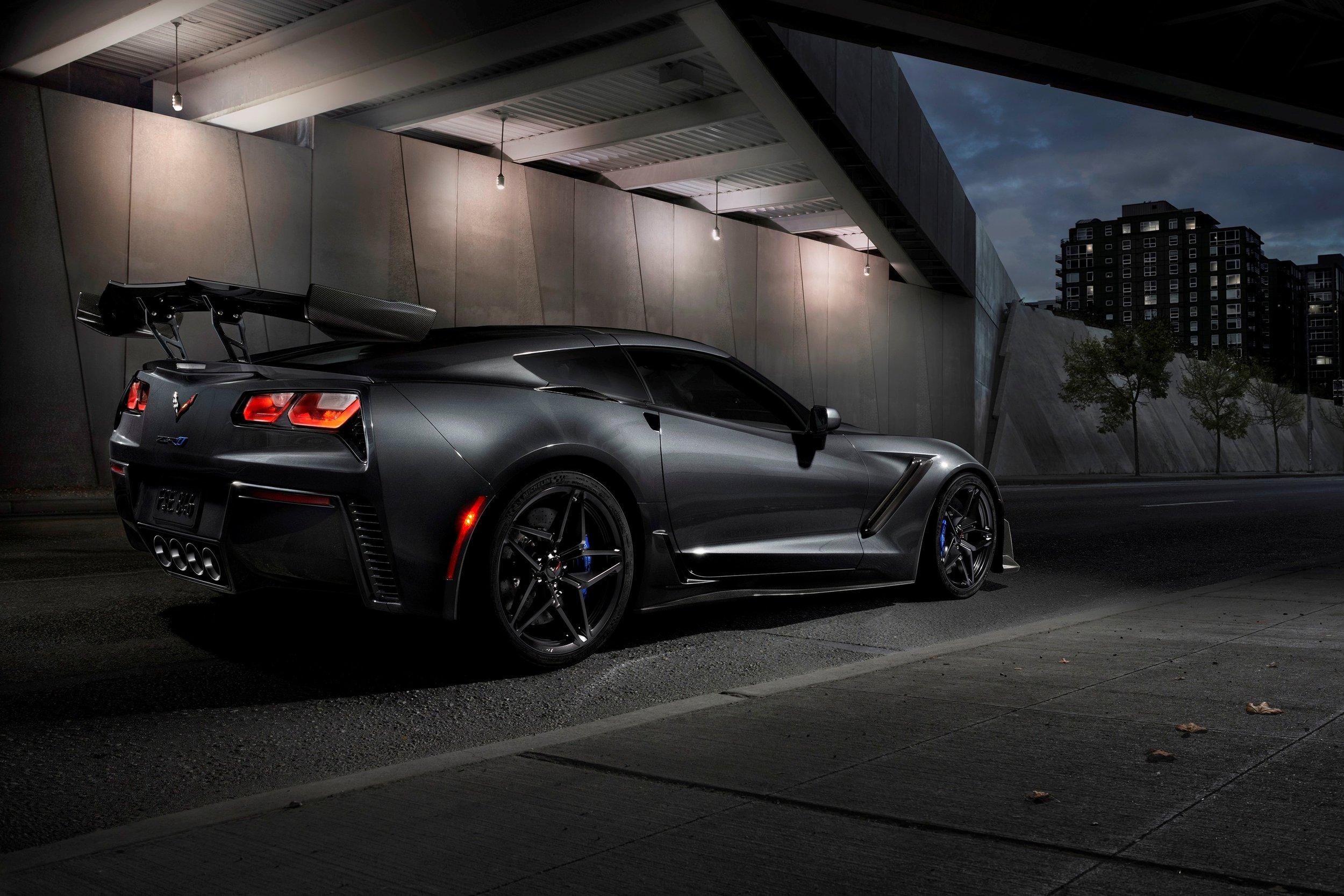 2019-Chevrolet-Corvette-ZR1-BLACKLIST-(20).jpg
