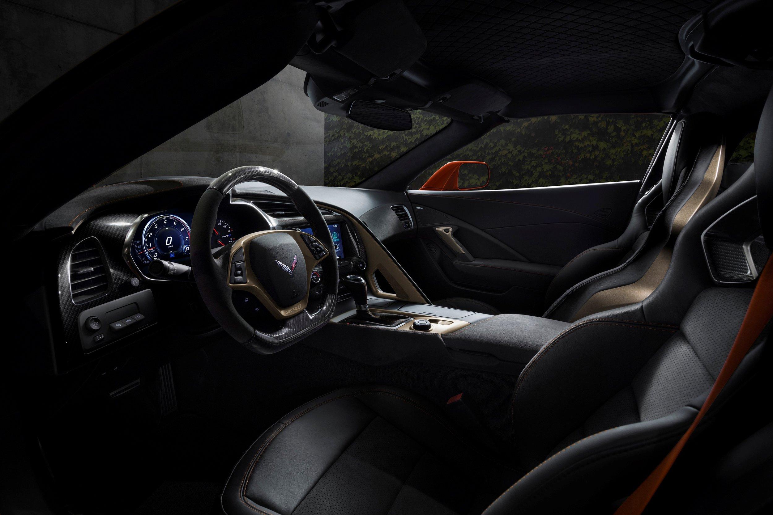 2019-Chevrolet-Corvette-ZR1-BLACKLIST-(25).jpg