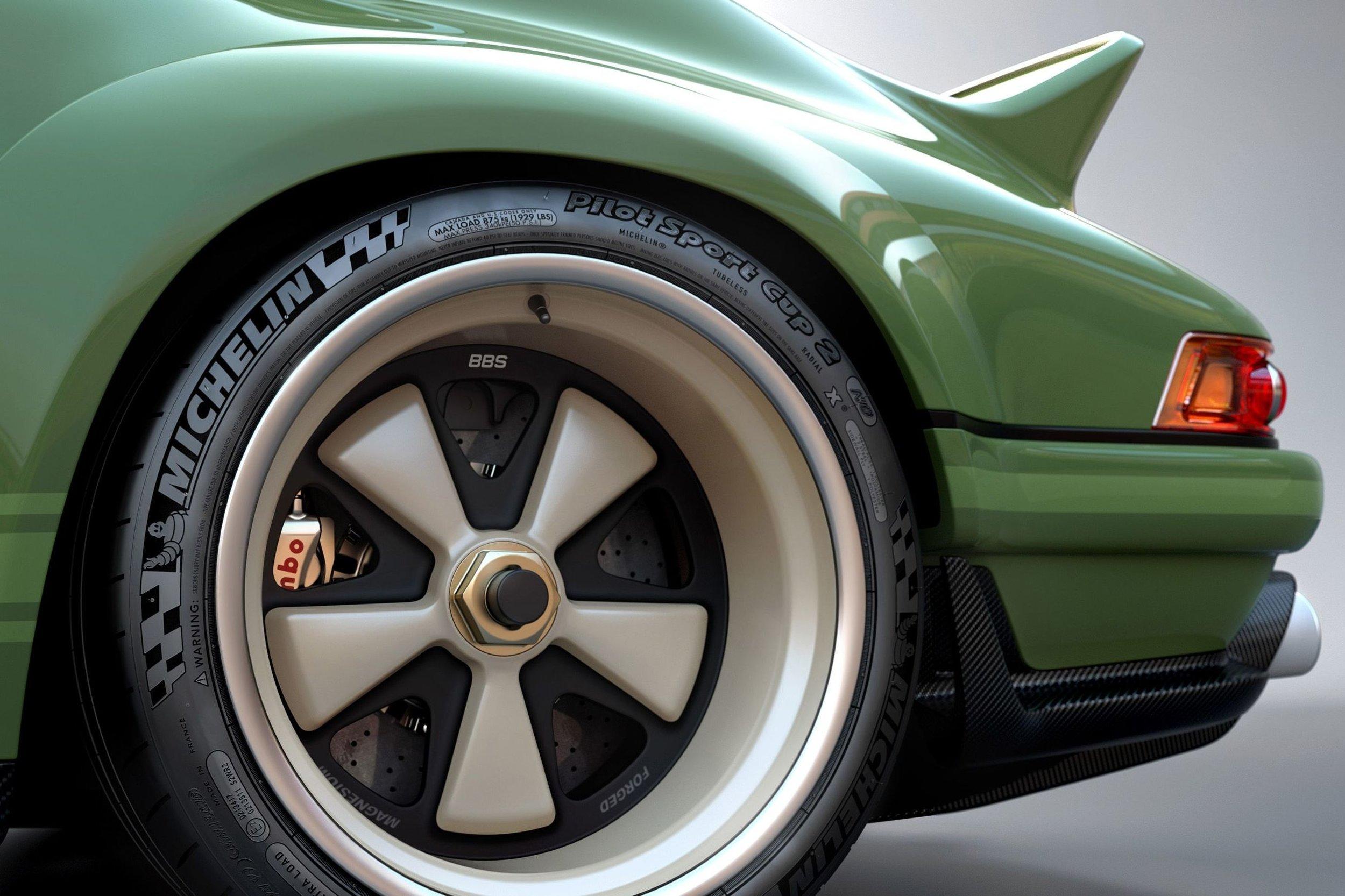 singer vehicle design - williams f1 - blacklist (3).jpg