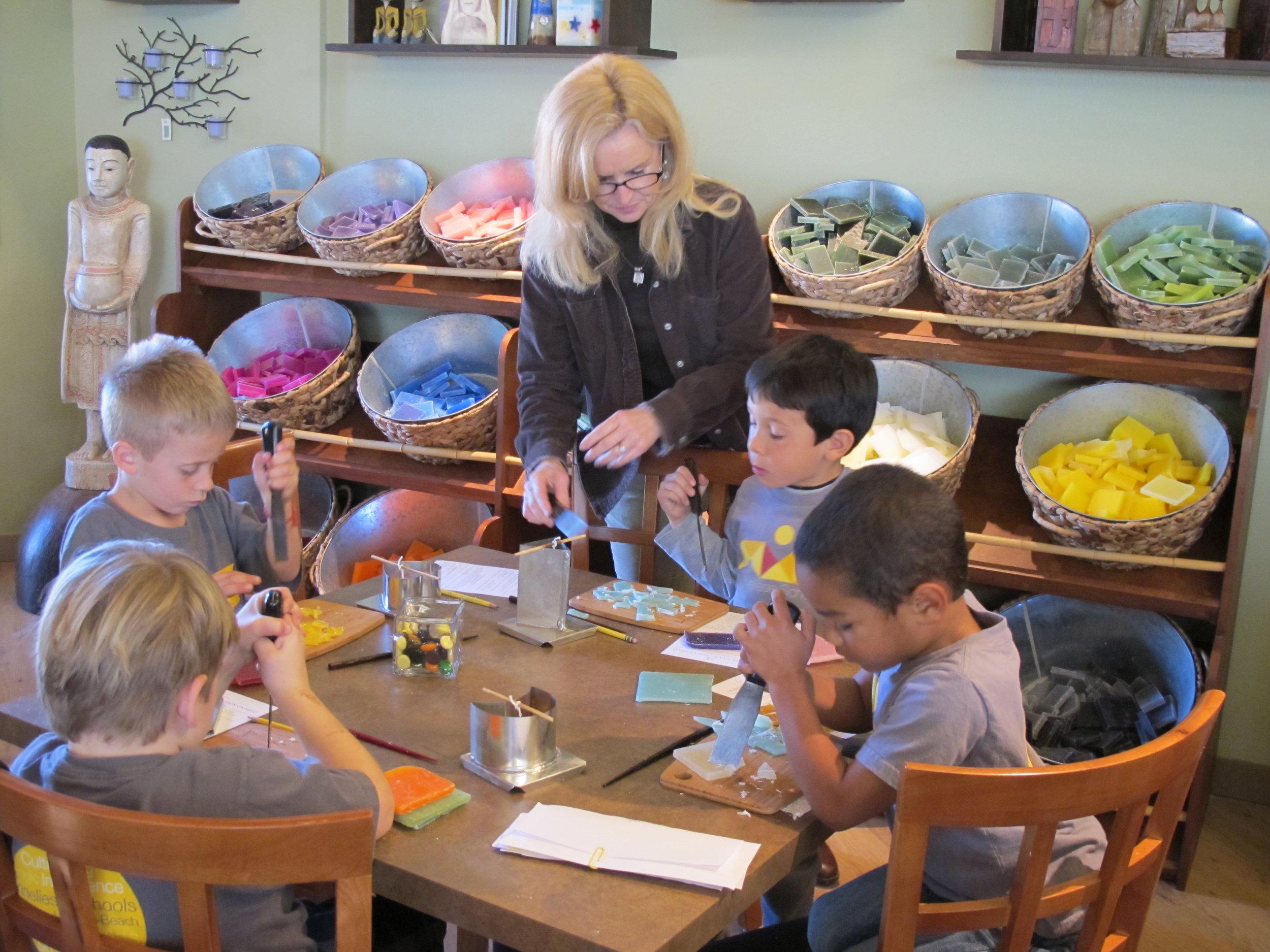 Kids_Working_Annaliese.JPG