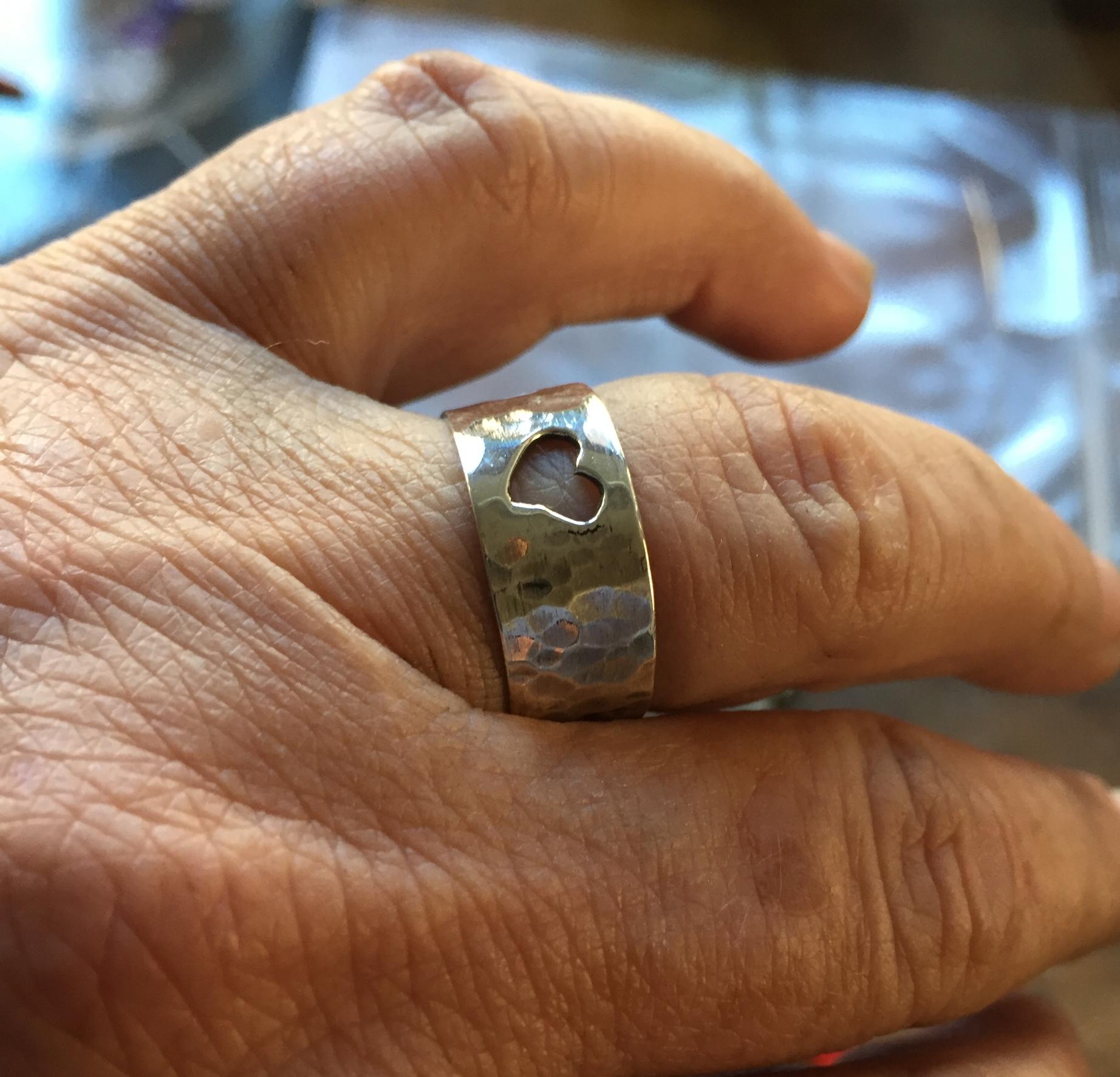 IMG_6045Ring Finger.JPG