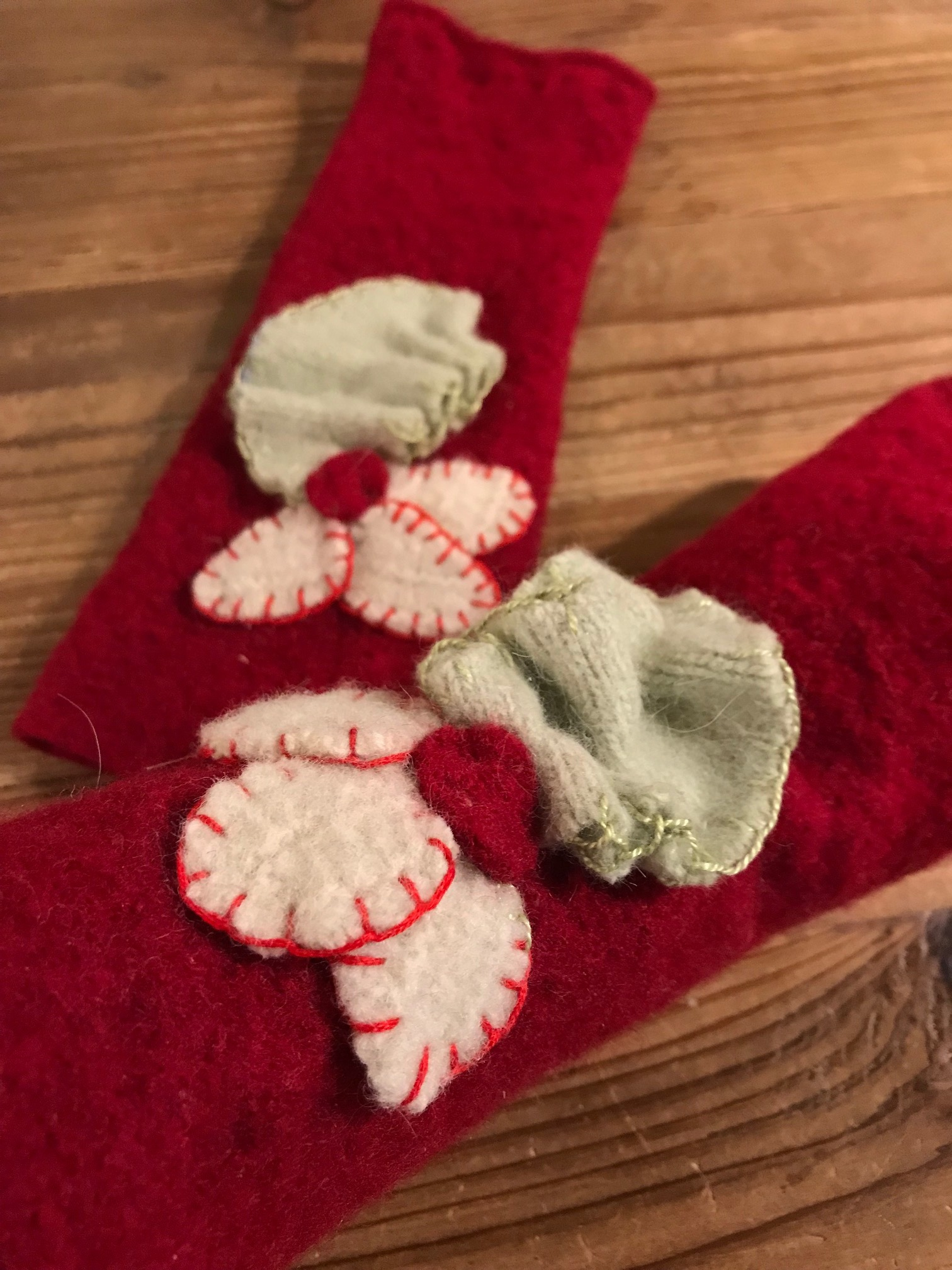 red+gloves.jpg