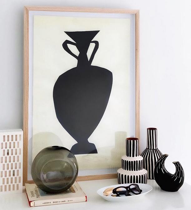 Amphora thin.jpg