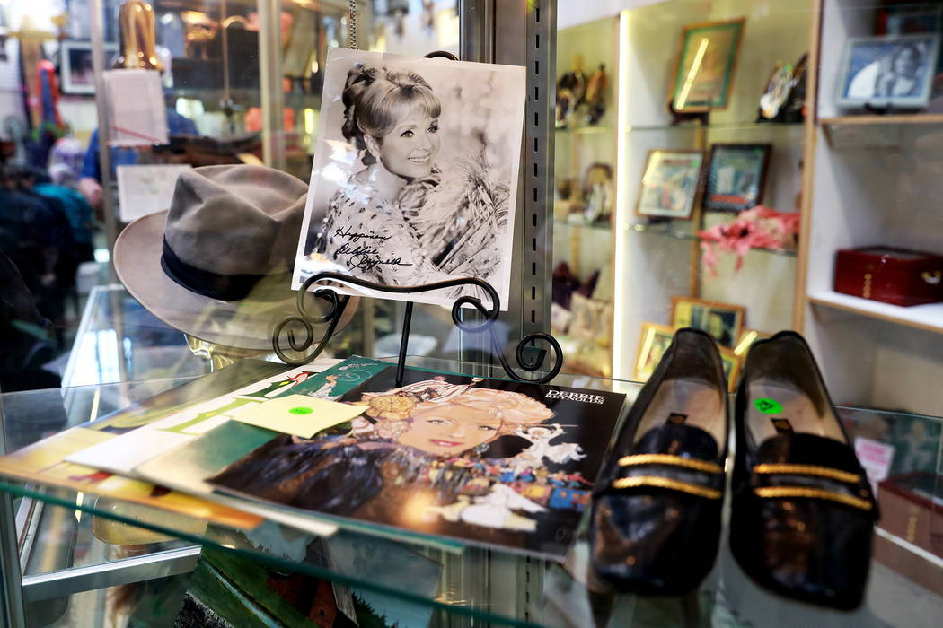 Debbie Carrie Collections Auction February 11th 2018  Photos by Andrea Cornejo Las Vegas Review-Journal