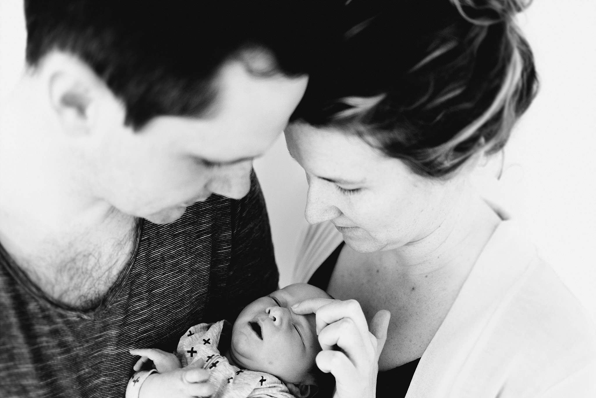 Woodend Melbourne natural Newborn casual in home lifestyle Photographer_0172.jpg