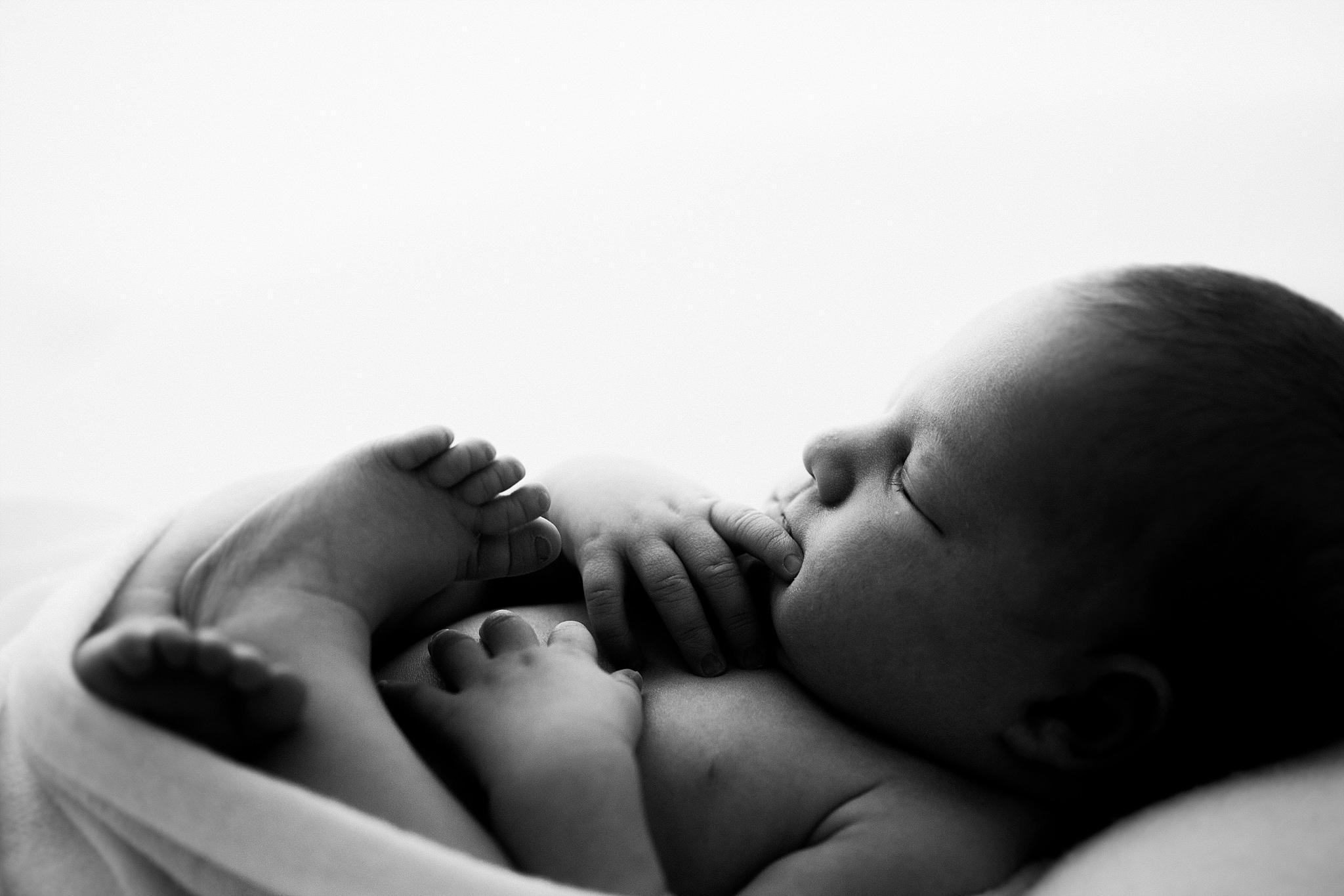 Brighton Melbourne Simply Natural Newborn Photographer-20.jpg