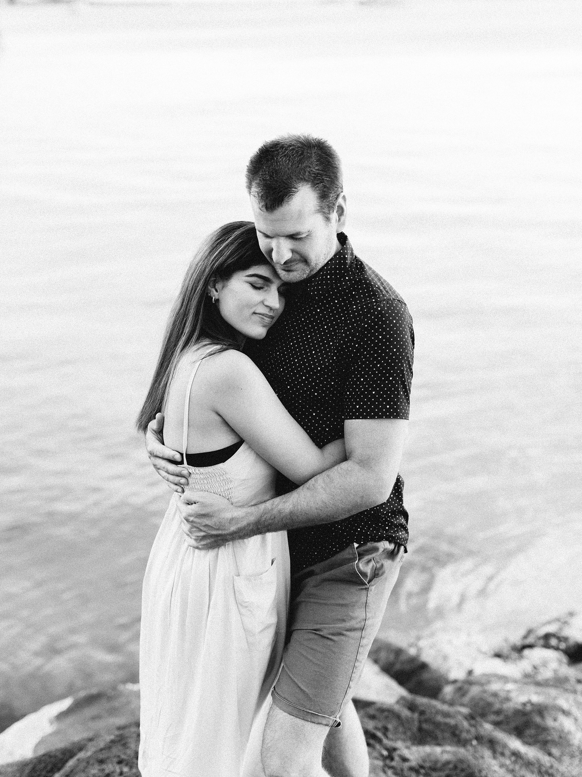 Brighton Engagement Couples Wedding Photographer_0010.jpg