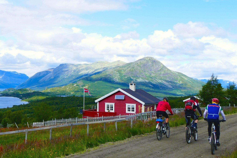 Mjølkevegen rundt Jaslangen // FOTO: Birgit Haugen /  LevGodt
