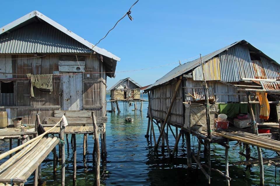indonesia-flores-sea-gypsy-village.jpg
