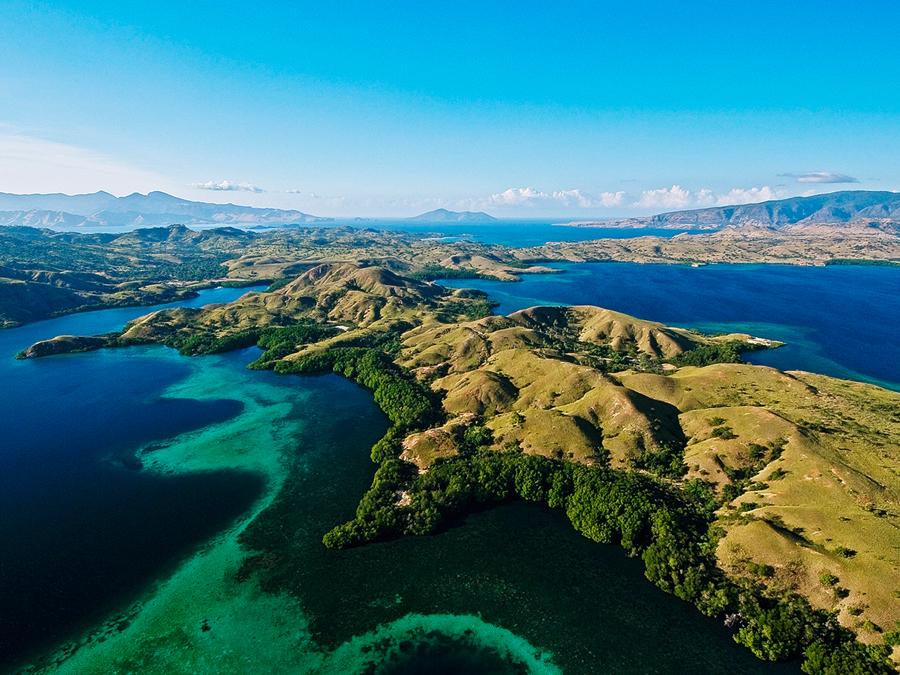 Rinca-Komodo-Flores-Island.jpg