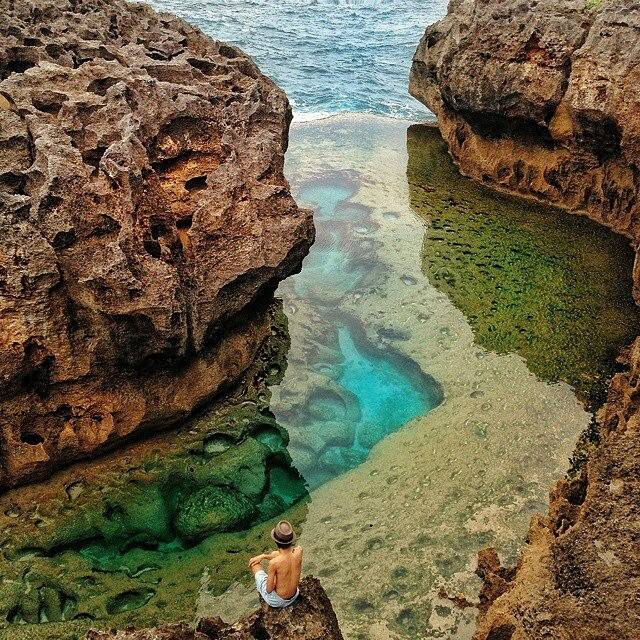 Angel-Billabong-at-Nusa-Penida-Island-Bali-Indonesia.jpg