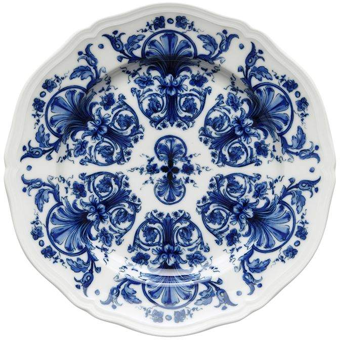 Painted Plates - A couple of painted plates or serving dishes instantly add a pop of colour and style to a table. I was spoiled for choice when in Spain but since coming home have found some pieces just as pretty, such as these plates from Harrods and these from F&F at Tesco.