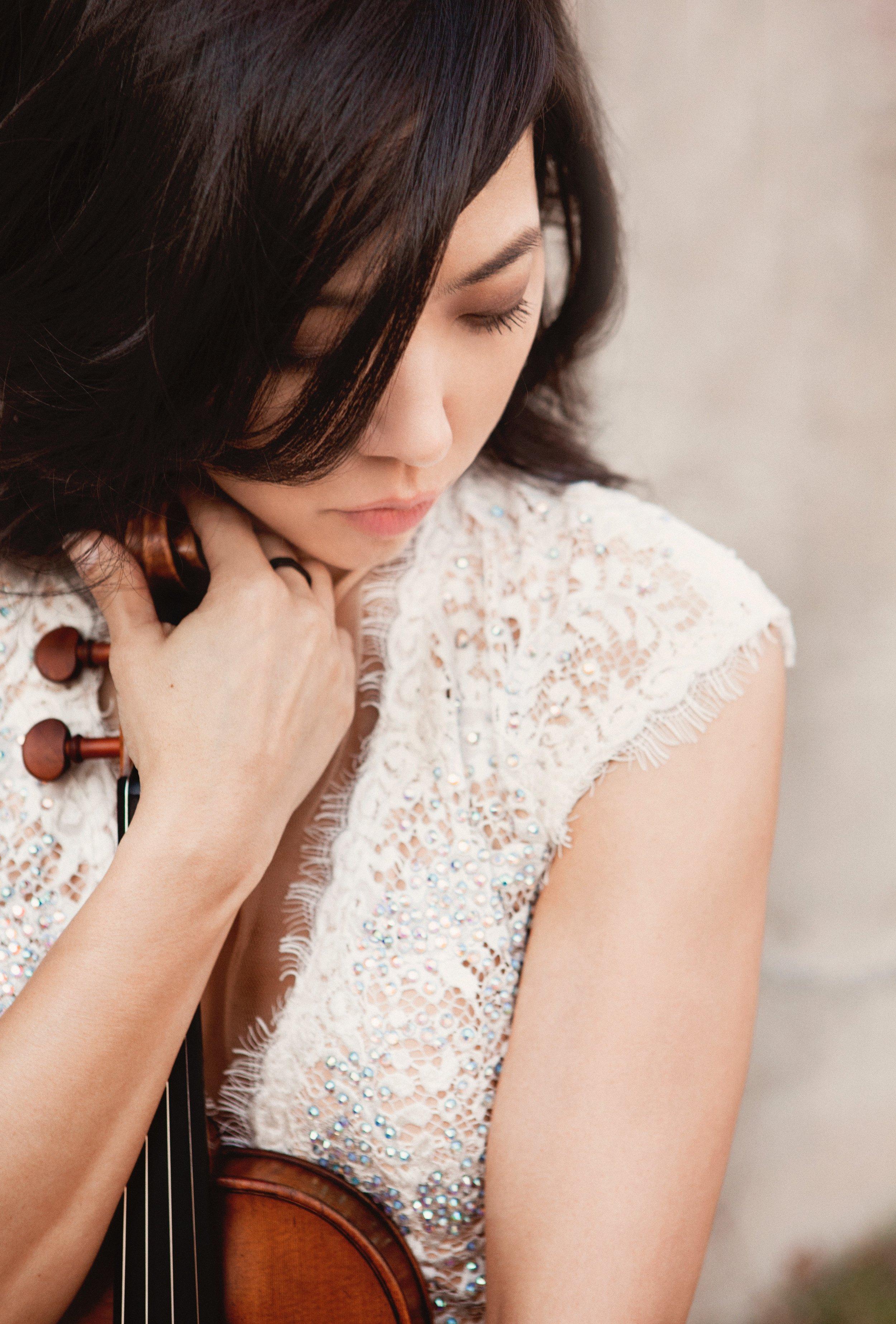 Sang Mee Lee, Violin